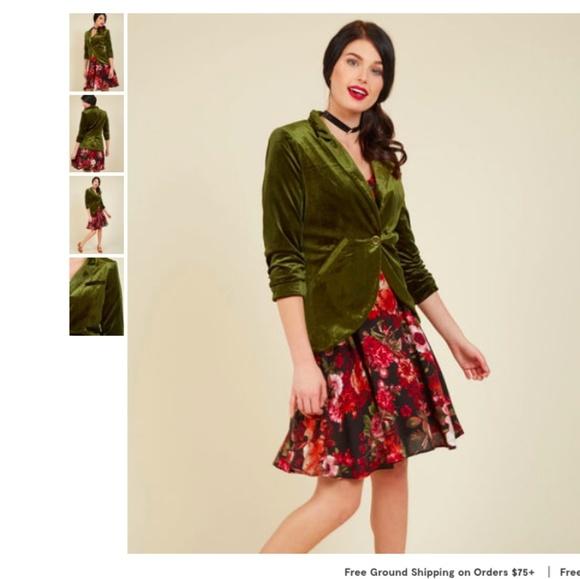 7605833badd7 Modcloth Esley Fine and Sandy olive velvet blazer.  M_5b4bc71ec89e1dbac5e446d7